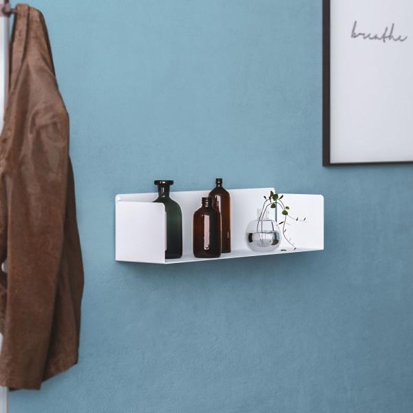 Estanterías minimalistas metálicas